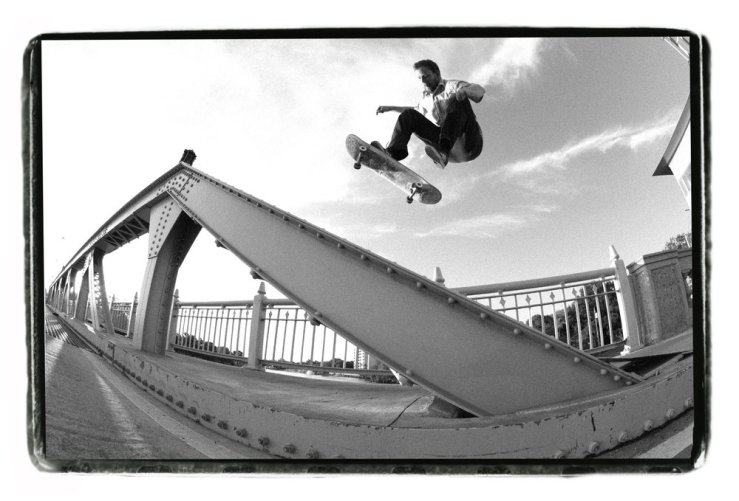 Pat Stiener frontside shove-it photo Josh Stewart