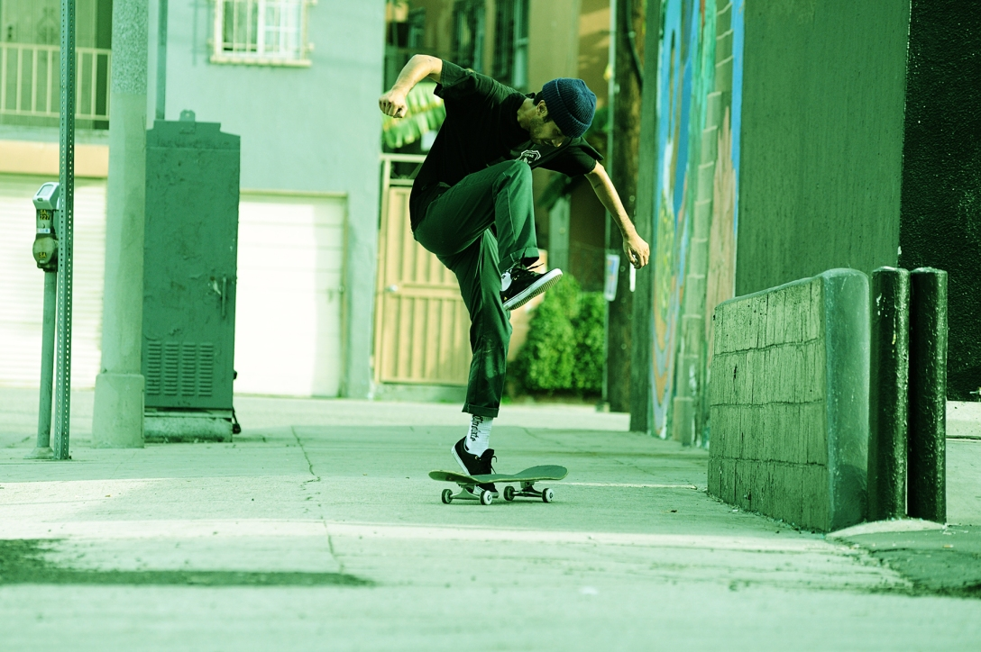 jerry-hsu-photo-atiba-jefferson-emerica-made-chapter-2-review-speedway-skateboarding-magazine-1