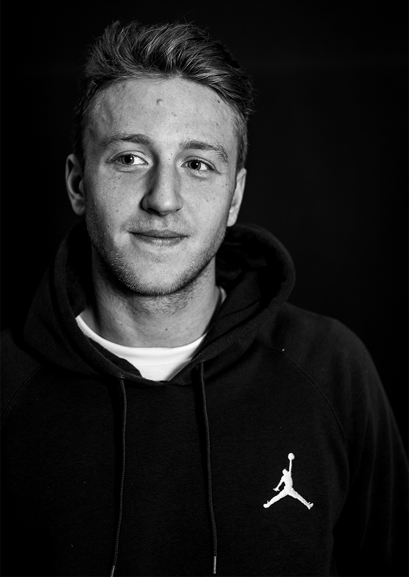 casper-brooker-portrait-photo-james-griffiths-isle-skateboards-vase-interview-speedway-skateboarding-magazine