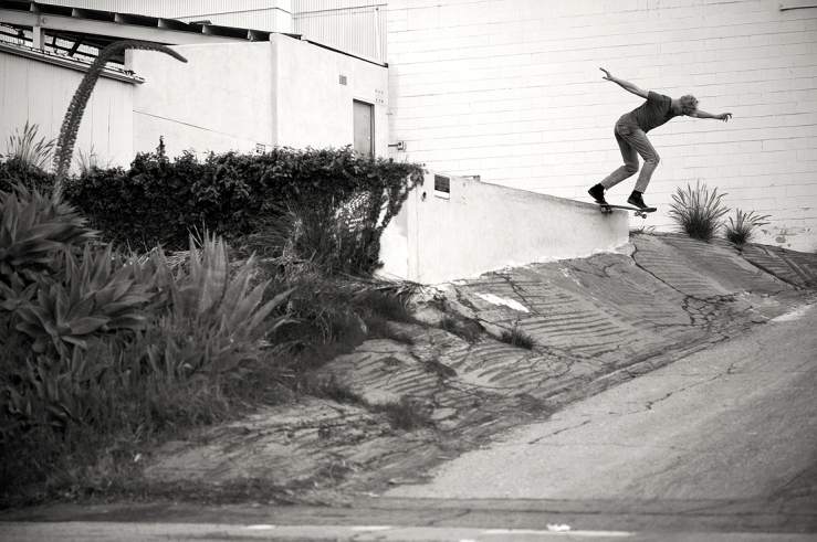 johan-stuckey-backside-tailslide-photo-brent-odonnell-speedway-skateboarding-magazine-interview