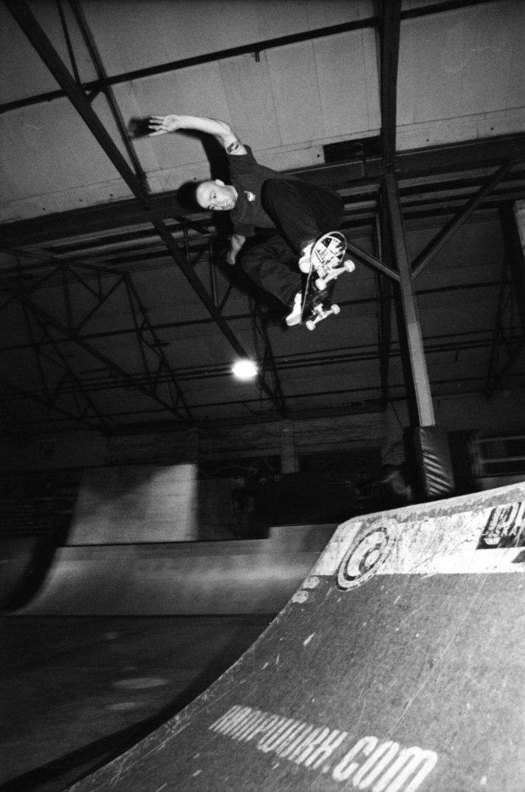 howard-cooke-backside-ollie-photo-kevin-banks-speedway-skateboarding-magazine