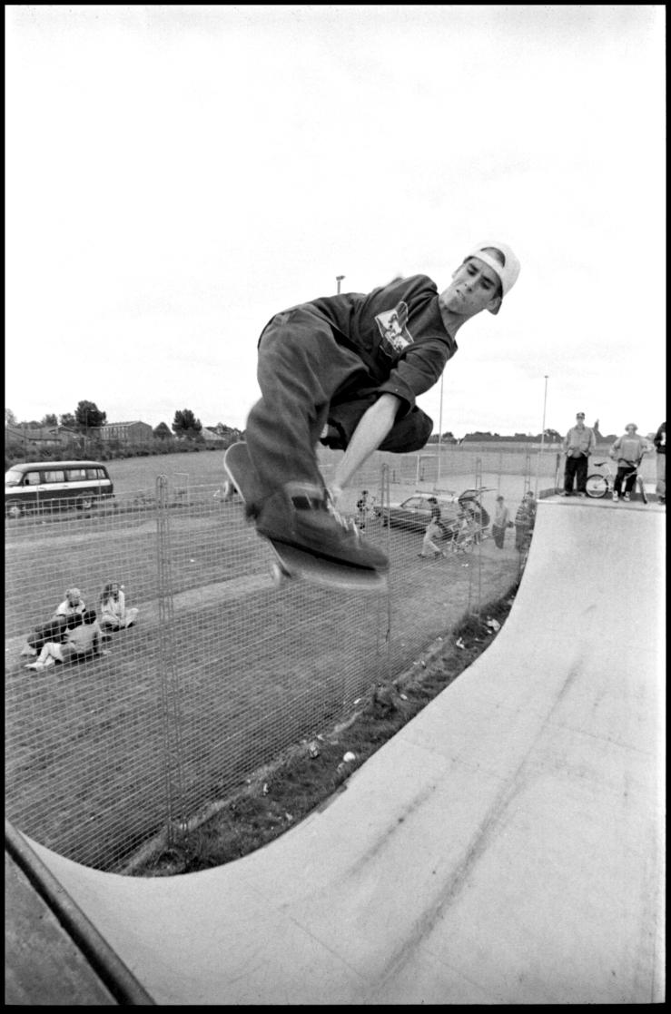john-cardiel-shrewsbury-nosebone-photo-kevin-banks-speedway-skateboarding-magazine
