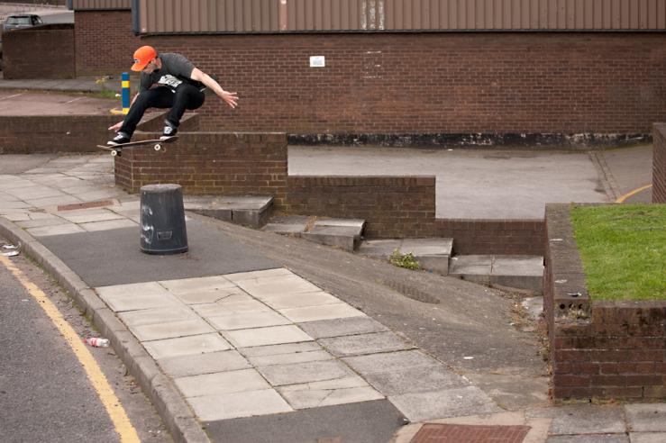 john-dalton-ollie-liverpool-photo-ash-wilson-speedway-skateboarding-magazine