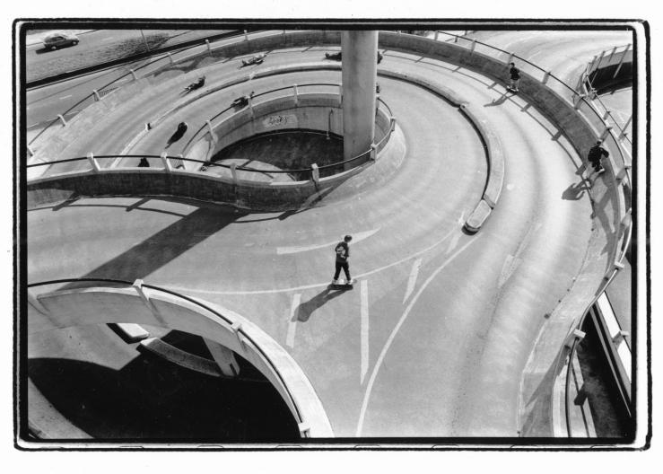 St Helens Hill Bomb photo Kevin Banks Speedway Skateboarding Magazine.jpg