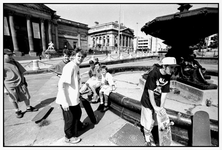 the-lads-streble-fountain-photo-kevin-banks-speedway-skateboarding-magazine