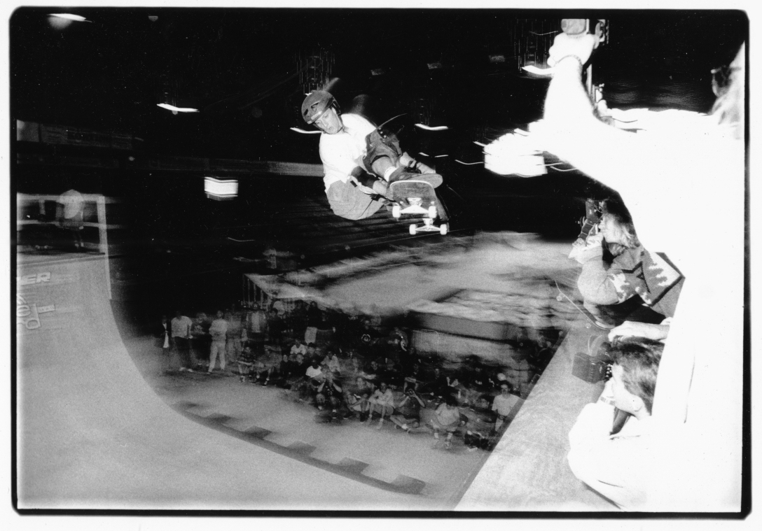 tony-hawk-munster-monster-mastership-germany-1991-photo-kevin-banks-speedway-skateboarding-magazine